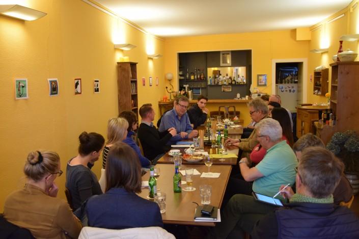 Das Foto zeigt die Teilnehmer am iPunkt-Stammtisch