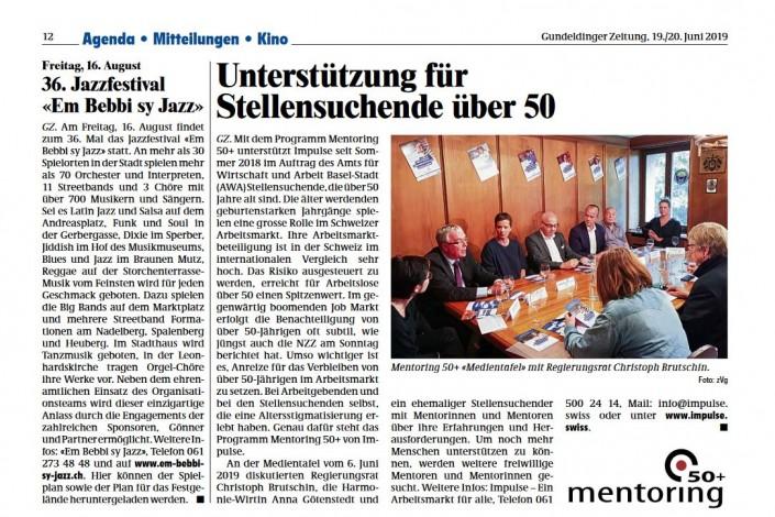 Das Foto zeigt den Artikel über unser Mentoring Programm in der Gundeldinger Zeitung